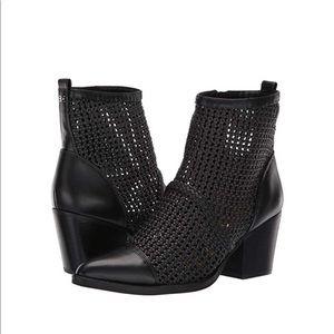 🆕SAM EDELMAN Elita Black Ankle Booties